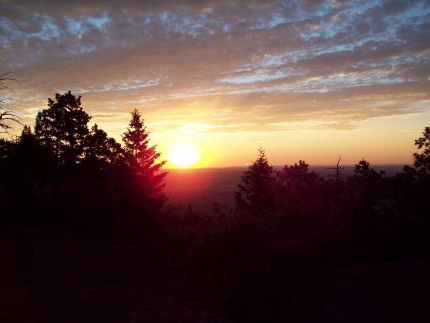Sunrise while Hiking Pike's Peak, ishism.com