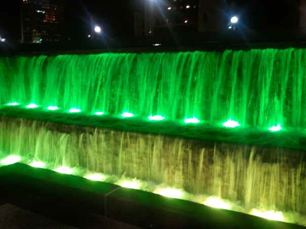 Cincinnati Fountains that change Colors, night - www.ishism.com