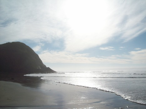 Oregon Coast near Florence, sun and clouds, beach, http://www.ishism.com